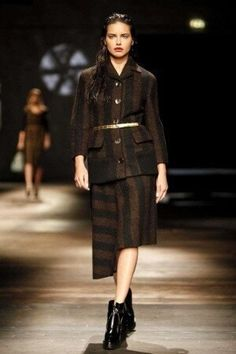 Prada Fall Winter Ready To Wear 2013 Milan Fashion News, Runway Fashion, Fashion Show, Womens Fashion, Adriana Lima, Prada, Live Fashion, Wearable Art, Peplum Dress