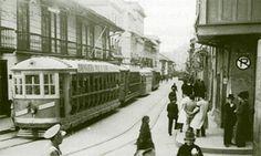 Vídeo a color de Bogotá en 1946 antes de 'Bogotazo' Tramway, Bus, World View, Train Travel, Vintage Photography, Street View, Architecture, City, Bella