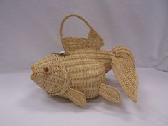 Vintage Wicker Figural Koi Fish Marble Eyes Purse From Collection Listed Now!!! #UnbrandedPossiblyLSkalnyBasketCo #Figural