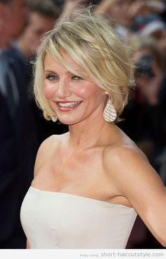 Hairstyles for Round Faces Over 40 | Photo Gallery of the Beautiful Short Hairstyles For Women Over 40