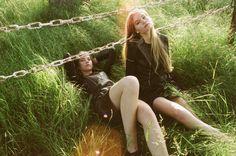 lina zeit shoot5 Inka and Neele Hoeper Pose for Lina Scheynius in Zeit Magazin