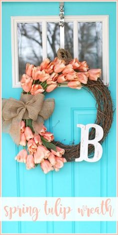 You have to see this tutorial on how to make #DIY tulip wreath for spring decor #HomeDecorIdeas @istandarddesign