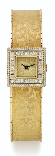 Gold square case, bezel highlighted by two diamond rows Expensive Jewelry, Beautiful Watches, Amazing Watches, Swarovski, High Jewelry, Mellow Yellow, Vintage Watches, Bracelet Watch, Dior