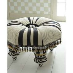 foot stool... adorable..