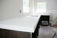 """DIY White Concrete Countertops 2¼"""" thick 