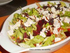 Cinco sentidos na cozinha: Salada de massa integral com feta, beterraba e molho balsâmico