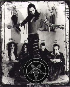 Il rock satanico di Nicola Menicacci | Rolandociofis' Blog Brian Warner, Mr Men, Anatomy Art, Marilyn Manson, My Spirit Animal, Twiggy, Music Bands, Good Music, Random