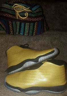 detailed look 6af6c 1a29c Air Jordan Future GS Rare Black Metallic Gold Size 5 Youth  Nike  Athletic