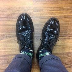 快晴なので黒馬9901 I wear Alden black shellcordovan PTB 9901 today. #alden #オールデン #足もと倶楽部 #leathershoes #horween #shellcordovan #fashion #kicks #todayskicks #Tokyo #KOTD #aldenarmy #YOLO #tagsforlike #tflers #instagood #instadiary #instalike #instapic #instaphoto #madeinusa #leathergoods #shoestagram #instashoes #shoeporn