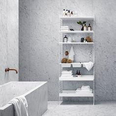 interior design - wall system- bathroom - furniture - home decor - minimalism - nordic Small Shelves, Metal Shelves, Regal Bad, String Regal, Marble Tile Bathroom, Bathroom Grey, Small Bathroom, String Shelf, String System