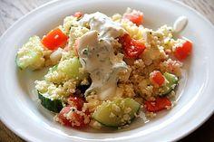 Couscous - Salat mit einer frischen Zitronen - Joghurt Sauce