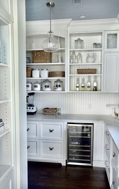 New kitchen pantry cabinet diy benjamin moore 52 Ideas Kitchen Butlers Pantry, Pantry Room, Kitchen Pantry Design, Diy Kitchen Storage, Butler Pantry, Kitchen Paint, New Kitchen, Kitchen Cabinets, Kitchen Organization
