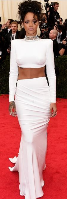 Rihanna @ 2014 Met Gala: Stella McCartney Dress & Jacob&Co. & Dionea Orcini Jewelry