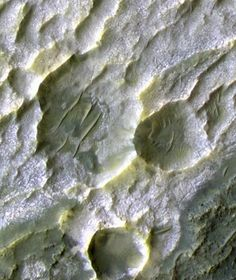 Surface of the Red Planet: images from NASA's Mars Reconnaissance Orbiter…