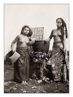Studio portrait of two Balinese women, ca. 1925, photographer unknown.