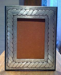 Retrateras Tin Foil Art, Aluminum Foil Art, Aluminum Can Crafts, Pewter Art, Pewter Metal, Metal Embossing, Homemade Gifts, Metal Working, Diy Crafts