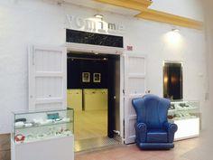 Nueva concept store en Ibiza en colaboración con Blue Ribbon y el pintor Carles Guash.