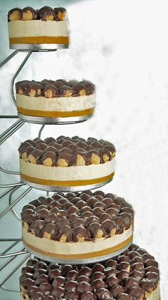 Profiterole and Cheesecake Wedding cake! If I ever get married, this is TOTALLY what I'm having! @Samantha Bain