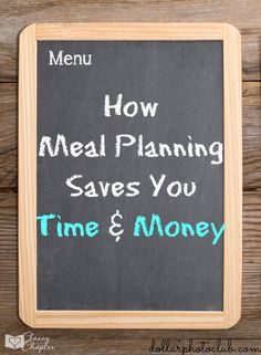 Did you know that meal planning can save you time and money? Creating a weekly meal plan is the perfect way to make sure you are saving money. How to create a weekly meal plan