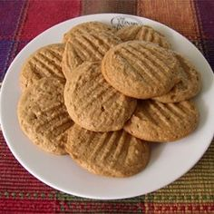 Easy Whole Wheat Peanut Butter Cookies.made these with King Arthur Organic White Whole Wheat and they were absolutely delicious.my go to peanut butter recipe from now on. Peanut Butter Cookies Allrecipes, Healthy Peanut Butter Cookies, Peanut Cookies, Butter Recipe, Whole Food Recipes, Cookie Recipes, Dessert Recipes, Healthy Recipes, Paleo Dessert