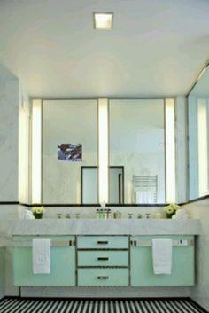 Art Deco bathroom at the Mark hotel