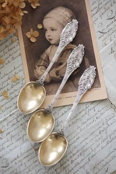 This Ivy House - French silver spoons - Silver Cutlery, Vintage Cutlery, Silver Spoons, Flatware, Vintage Teacups, Vintage Silver, Antique Silver, Zinn, Decoration Inspiration