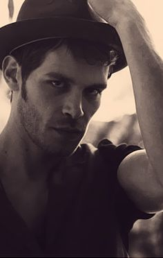 Joseph Morgan ...Gorgeous.