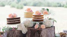 Die mehrteilige Hochzeitstorte aus verschiedenen Naked Cakes http://www.hochzeitskarten-paradies.de/magazin/naked-cake/ (Foto: © michelleamock / Fotolia)