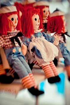 Raggedy Ann and Andy.. my childhood toys haha