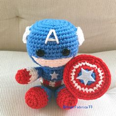 Captain America with Shield Amigurumi Figure by AngelFabrica77