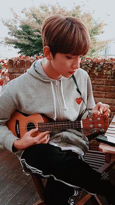 Listen to every Seventeen track @ Iomoio Dino Seventeen, Joshua Seventeen, Seventeen Album, Seventeen Minghao, Mingyu Seventeen, K Pop, Vernon Chwe, Hong Jisoo, Joshua Hong