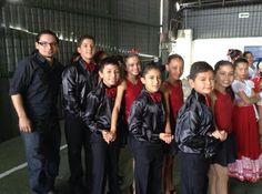 niños bailarines de swing criollo y bolero, sergio sarmiento instructor de swing criollo,