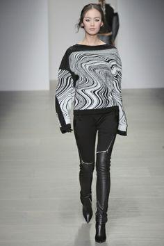 Sfilata Jean-Pierre Braganza Londra - Collezioni Autunno Inverno 2014-15 - Vogue