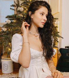 Celebrity Love — Daniela 🥰 Norman, Netflix Dramas, Boho Fashion, Love, Celebrities, Wedding Dresses, Pretty, Instagram, Boho Style