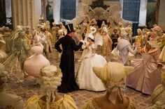 Mirror Mirror (2011) Costume design: EIKO ISHIOKA - Snow White swan party gown