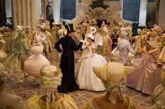 Mirror Mirror (2011) Costume design: EIKO ISHIOKA - Snow White swan party gown