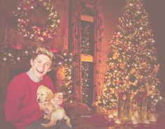 THIS ^^^^ is what the perfect christmas looks like. add the other four though....