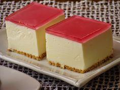 Izioni pyszne smaki: Sernik na zimo Polish Desserts, Polish Recipes, Cookie Desserts, Sweet Recipes, Cake Recipes, Dessert Recipes, Cupcakes, Cake Cookies, Carrot Cake Cheesecake