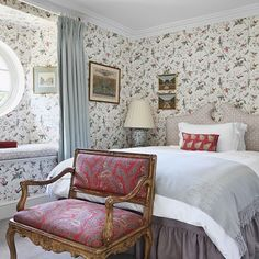 See all our guest room design ideas on HOUSE, design, food and travel by House & Garden including this elegant mix of wallpaper and patterns in the spare room. Cole And Son Wallpaper, Of Wallpaper, Colonial, Iron Console Table, Regency House, Layout, Spare Room, Home And Family, Interior Design