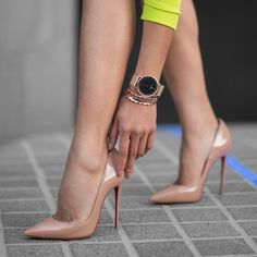 Christian Louboutin - So Kate 120 patent-leather pumps High Heel Pumps, Pointed Heels, Stiletto Shoes, Leather High Heels, Platform High Heels, Black High Heels, High Heels Stilettos, Pump Shoes, Shoes Heels