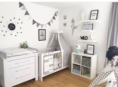 Kindergarten Kindergarten The post Kindergarten appeared first on Babyzimmer ideen. Baby Nursery Decor, Baby Bedroom, Baby Boy Rooms, Baby Boy Nurseries, Nursery Room, Kids Bedroom, Small Baby Nursery, Girl Nursery, Newborn Room