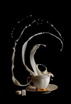 """Time: Mind-Boggling Photo Series by Egor N """"Coffee Time"""" Awesome photo! via Design Swan - photo/artwork by Egor N. via Design Swan - photo/artwork by Egor N. Slow Motion Photography, High Speed Photography, Coffee Photography, Amazing Photography, Art Photography, Photography Office, Splash Photography, Cooking Photography, Action Photography"""
