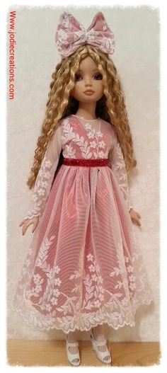 Christmas dress for Ellowyne Wilde Www.jodiecreations.com