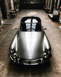 Citroen DS 1967 The Effective Pictures We Offer You About cars diy A quality picture can tell you many things. You can find the most beautiful picture Citroen Ds, Bmw S1000rr, Bmw E46, R1200r, Bmw Classic Cars, Bmw Motorcycles, Vintage Motorcycles, Car Photography, Amazing Cars