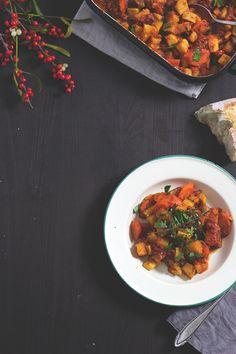 Schnelles Rezept mit Wurzelgemüse: Wintergemüse-Ratatouille aus dem Ofen. Holunderweg18