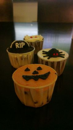 #Halloween cup cakes