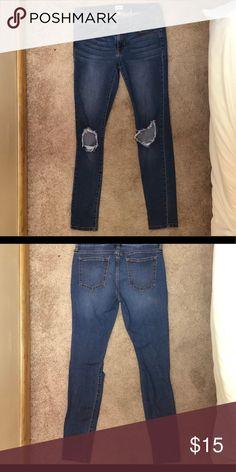 Sneak Peek Skinny Stretch Jeans Low rise jeans with slight destruction in the knees. Very stretchy. Sneak Peek Jeans, Low Rise Jeans, Destruction, Stretch Jeans, Fashion Tips, Fashion Design, Fashion Trends, Skinny Jeans, Best Deals
