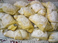 Paprikás krumpli: Omlós túrós kifli