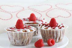 En dansk klassiker i nye klæder. Raspberry, Strawberry, Muffins, Cupcakes, Cookies, Fruit, Nye, Desserts, Slik