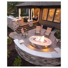16 Creative Backyard Ideas for Small Yards | Creative Ideas - Part 9 ❤ liked on Polyvore featuring home, outdoors, outdoor decor, yard garden decor and outdoor yard decor